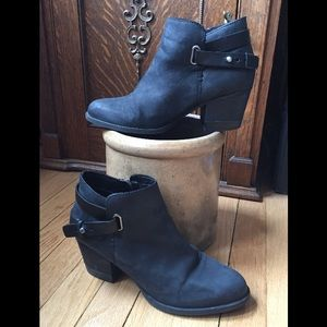 Aldo soft leather ankle boots/booties